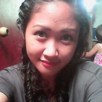 curly hair, brown eyes,56 height, - Pinay Romances Dating