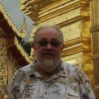 At a temple in Thailand. - Pinay Romances Dating